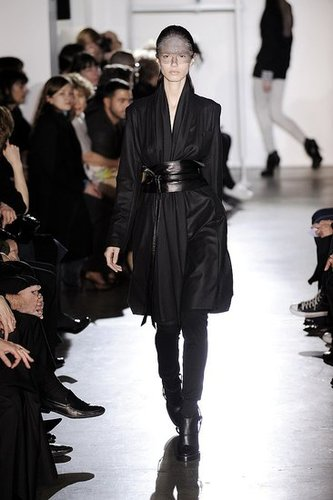 Paris Fashion Week: Kris Van Assche Fall 2009