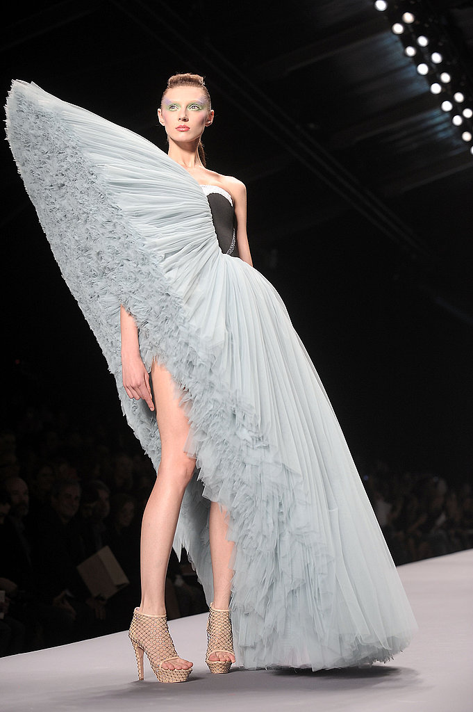Paris Fashion Week: Viktor & Rolf Spring 2010