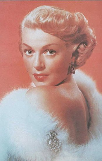 Beauty Pictures of Lana Turner