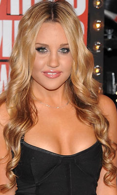 Amanda Bynes at the 2009 MTV VMAs 2009-09-13 18:12:54