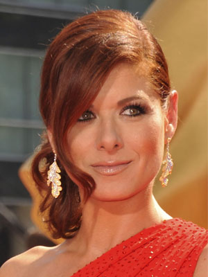 Photo of Debra Messing at 2009 Primetime Emmy Awards 2009-09-20 16:02:12.1