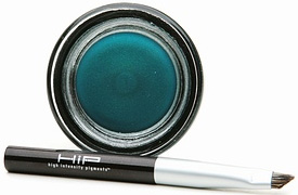 Doing Drugstore: L'Oreal HIP Color Rich Cream Eyeliner
