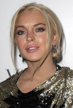 Pictures of Lindsay Lohan's Plump Lips 2009-10-02 11:00:07
