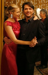 "Gossip Girl Beauty Quiz: Episode 5 ""Rufus Getting Married"" 2009-10-13 12:00:08"
