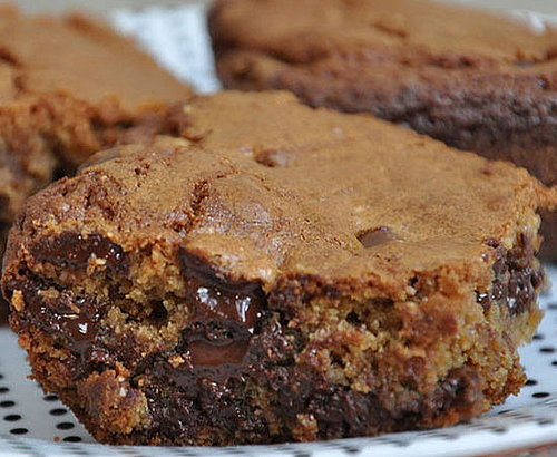 Simple Peanut Butter Brownies With Chocolate Chunks