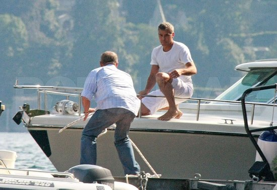 Photos of Clooney in Lake Como