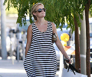 Photo Slide of Reese Witherspoon Shopping in LA
