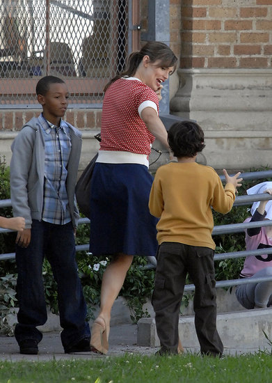 Photos of Jennifer Garner on Set