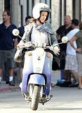 Photos of Anne Hathaway on Valentine's Day Set