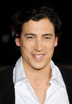 Andrew Keegan Accused of Abusing His Girlfriend