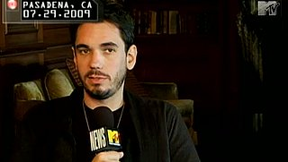 Morning Links — DJ AM Talks About Addiction a Month Before His Death