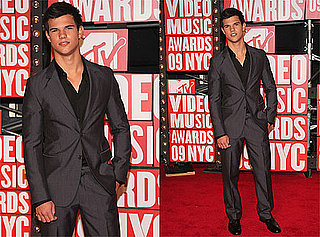 Photos of Taylor Lautner on Red Carpet at 2009 MTV VMAs