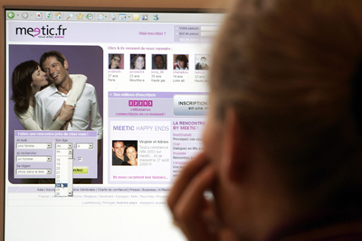 Man Sues Match.Com Posts Fake Profiles