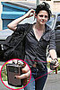 Twilight&#039;s Kristen Stewart and Her Pink BlackBerry Curve Cell Phone