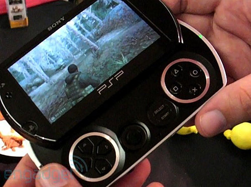 Daily Tech: A Quick Hands-On Video of the PSPgo
