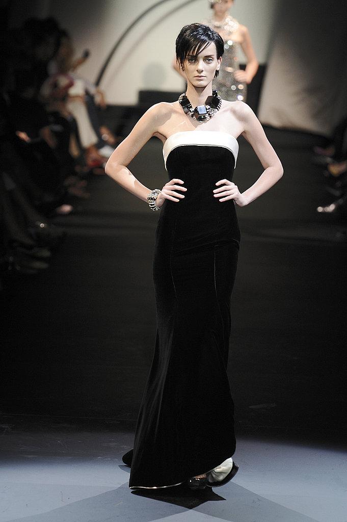 2009 Fall Couture: Giorgio Armani Prive