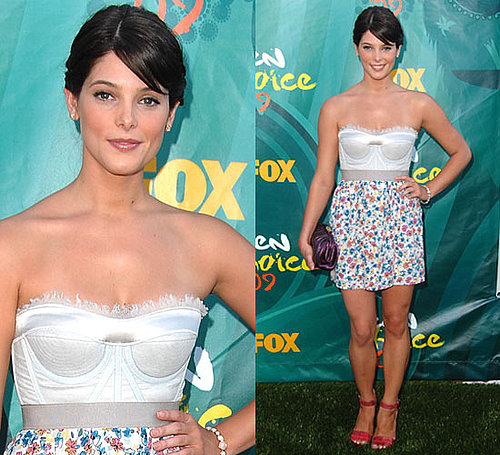 Photo of Ashely Greene at Teen Choice Awards