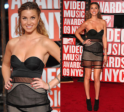 Photo of Whitney Port Wearing Christopher Kane Dress at 2009 MTV Video Music Awards 2009-09-13 17:46:13