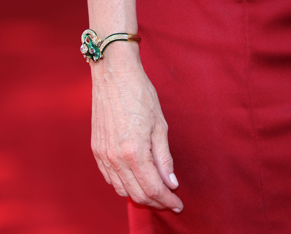 Sigourney Weaver's intricate emerald and diamond bracelet.