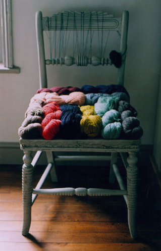 Love It or Hate It? Yarn Skeins as Chair Seat
