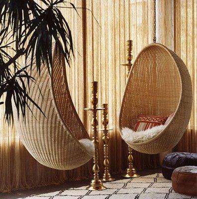 Jonathan Adler decorated the Palm Springs Palmer Hotel with these organic-looking, and infinitely cozy, hanging chairs. Source