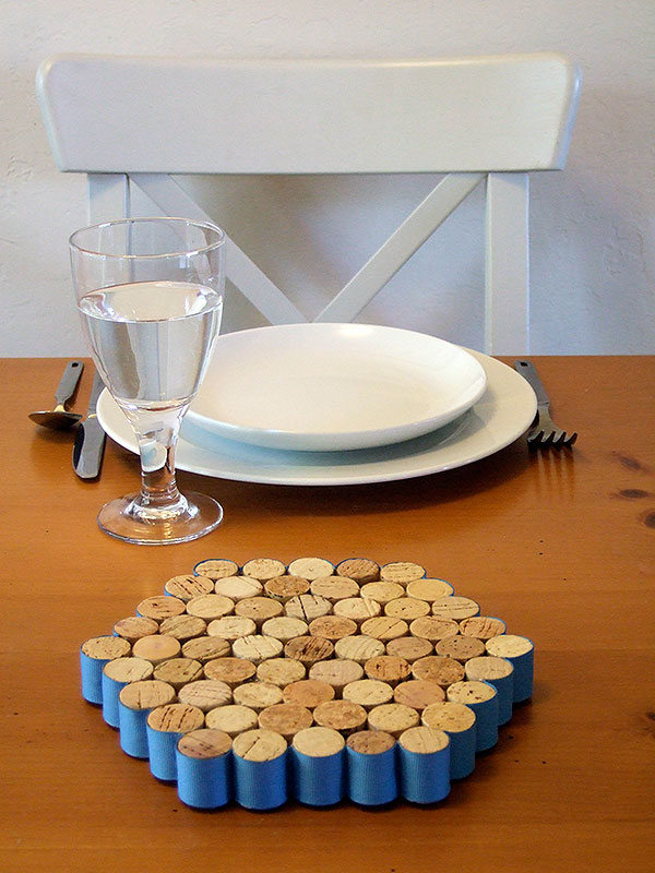 Crafty Nest helps you upcycle all those wine corks into a cute trivet.