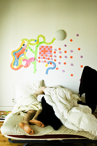 A more abstract Post-It installation was created on the wall of an apartment. Source: Flickr User Foxtongue