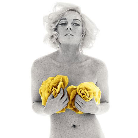 Lindsay Plays Marilyn