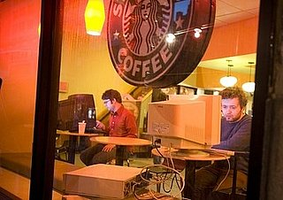Daily Tech: Funny Geeks Take Their Own Desktops Into Starbucks