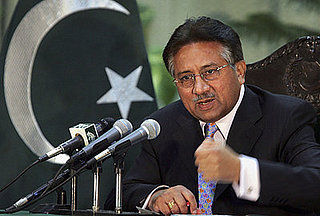 Headline: Pakistan President Musharraf Pledges Fair Elections