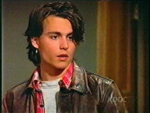 Which phase of Johnny Depp is sexier?? Younger Depp or Older Depp??