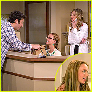 Britney Spears Guests on 'How I Met Your Mother' — First Photos!!