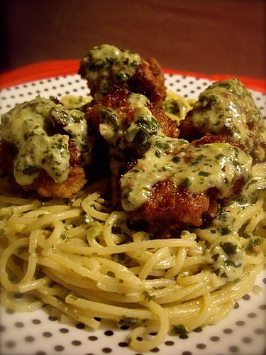 Creamy Pesto Pasta with Meatballs