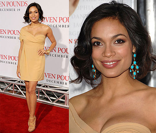 Rosario Dawson at the Seven Pounds Premiere in LA in Bottega Venetta