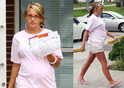Photos of Pregnant Jamie Lynn Spears in Kentwood