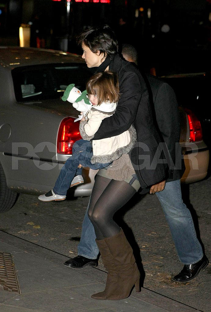 Suri and Katie Out in a cold NYC