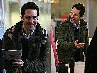 Paul Rudd Heads Home For the Holidays