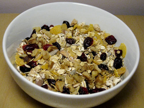 Healthy Recipe: Make Your Own Muesli