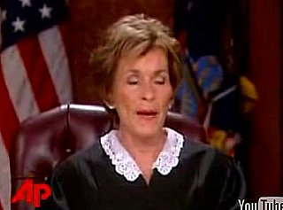Earthquake in LA Yesterday Interrupts Judge Judy