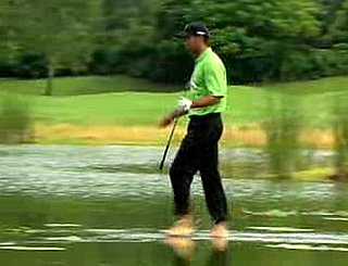 Tiger Woods Walks on Water in the Tiger Woods PGA Tour 08 Game