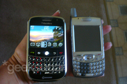 My Sis Learns the BlackBerry Bold Basics