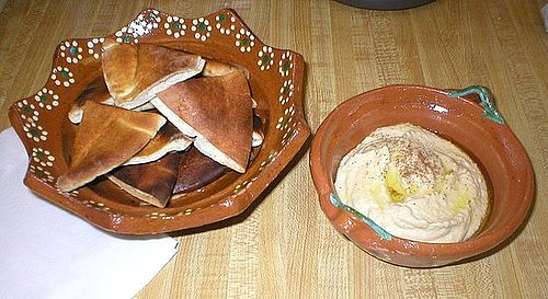 Reader Recipe: Hummus With Pita Chips