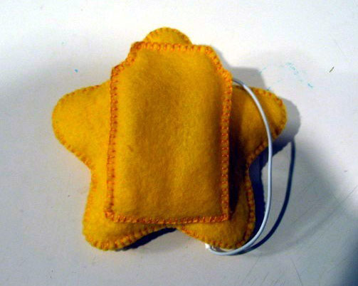 Super Mario Star iPod Cozy