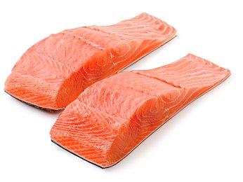 Grilled-Salmon Salad