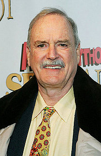 John Cleese Offers to Be Barack Obama's Speechwriter