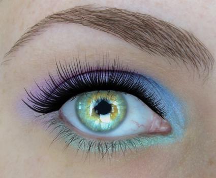 Bonus eye, current profile makeup eye look.