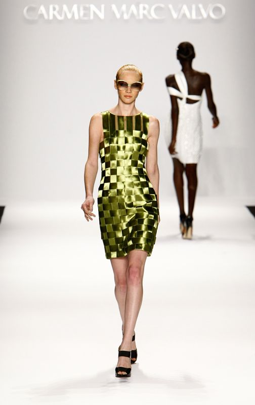 New York Spring 2009 Trend Report: Shine