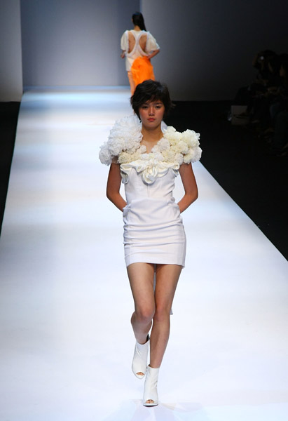 Seoul Fashion Week: Ha Sang Beg Spring 2009