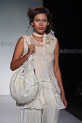 Mexico Fashion Week: Oka Masako Spring 2009