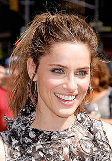 Love It or Hate It? Amanda Peet's Tousled Hair